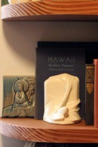 lily-bookend_front