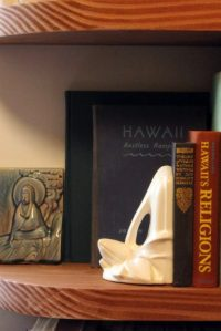lily-bookend_side