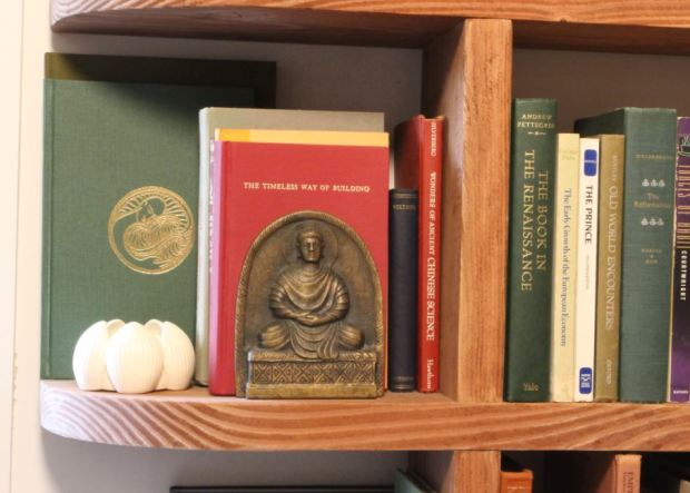 tiffany-buddha-bookend